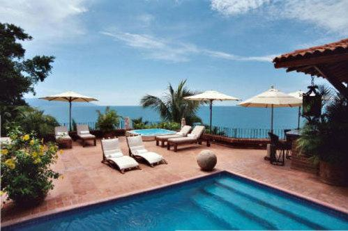 PVR - GOLD6 Colonial flavor, tropical ambiance, affable staff - Image 1 - Puerto Vallarta - rentals