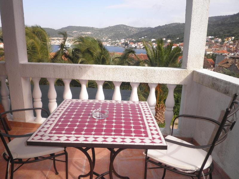 Best balcony in town Vis - Cosy apartment for two in town center - Vis - rentals