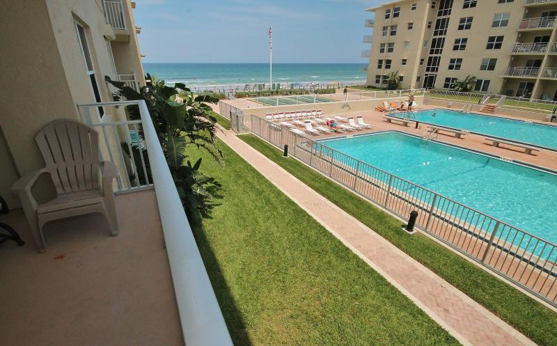 Spend Vacation at Spectacular Sea Coast Gardens! - Image 1 - New Smyrna Beach - rentals