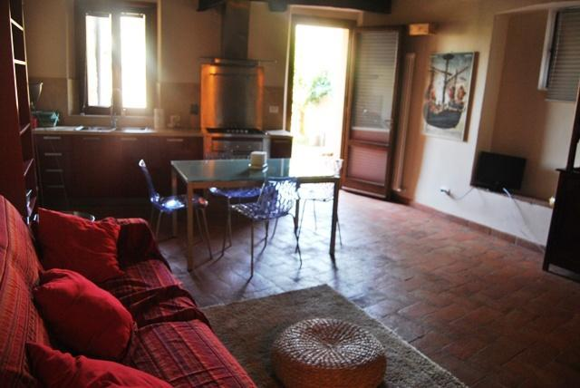 Brown apartment with garden-Siena centre - Image 1 - Siena - rentals