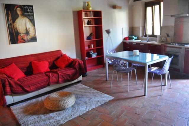 Living area - Brown apartment with garden-Siena centre - Siena - rentals