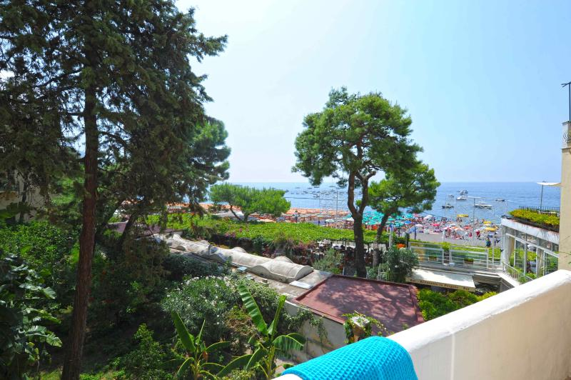 "view from the terrace - Casa ""On the beach"" - Positano - rentals"