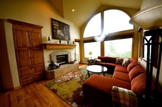 Spacious Living Room with Fireplace - Fantastic 4BR Highlands Westview, Ski In/Ski Out In The Heart of Beaver Creek, Sleeps 10 - Beaver Creek - rentals