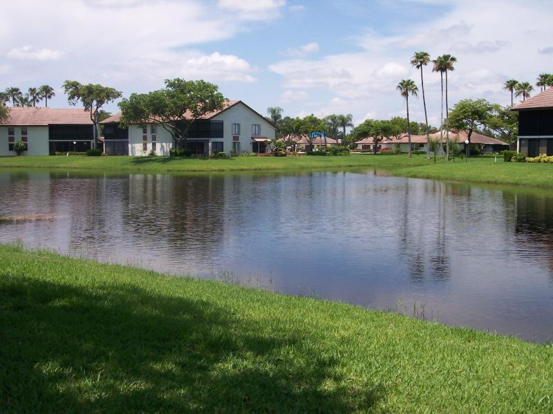 View from the Patio - Beautiful Three Bedroom Lakefront Condo for Rent - Boynton Beach - rentals