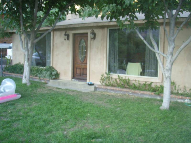 Front Yard - Downtown River View - Huge Vacation Rental - Kernville - rentals