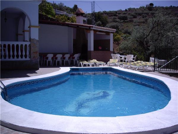 Holiday house for 22 persons, with swimming pool , in Málaga - Image 1 - Sayalonga - rentals