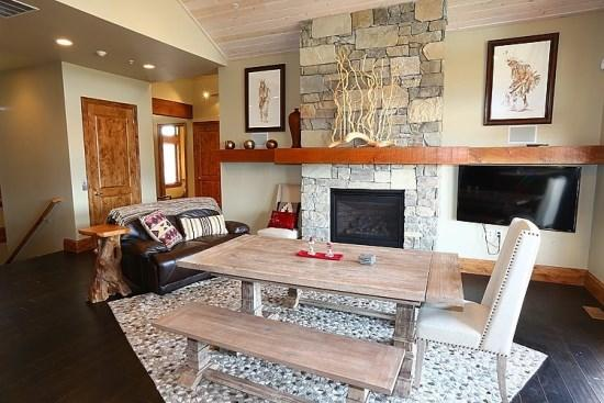 Custom Home With Views From Every Window Minutes from Powder Mountain and Snowbasin - Image 1 - Eden - rentals