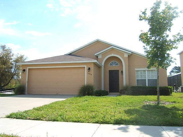 Front of the house - Dream vacation house near Disney World - home away from home - Clermont - rentals