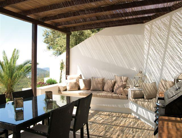 Outdoor kitchen and lounge area - Cozy house with pool, outdoor lounge area+ kitchen - Malaga - rentals
