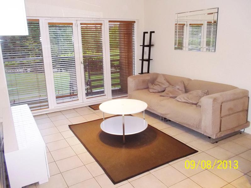A stunning central apartment - Image 1 - Portballintrae - rentals