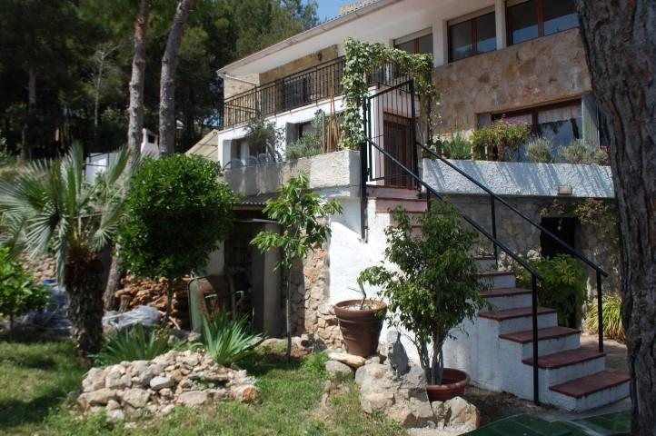 WALK TO BEACH AND CENTER SITGES, SEAVIEW, BIG GARDEN - Image 1 - Sitges - rentals