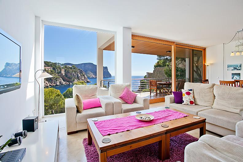 Living/Dining Room with floor to ceiling windows offering panoramic sea views - Villa Mallorca Puerto Andratx - Port d'Andratx - rentals
