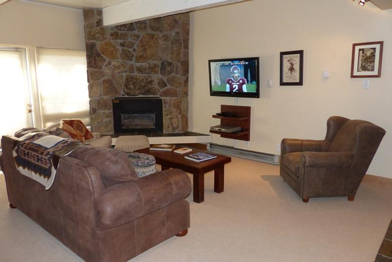 Living Room  - Ptarmigan House - Ski-in  /  Ski-out - Steamboat Springs - rentals