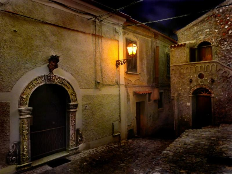 Casa Cielo at night - Casa Cielo for history & charm in Southern Italy - Scalea - rentals