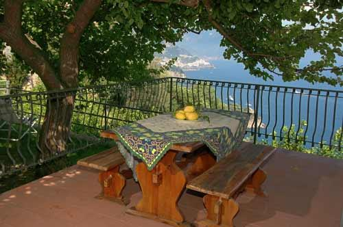 terrace at the entrance with table and chairs  - Casa Amalfi51 beuatiful house in Conca dei Marini with garden - Conca dei Marini - rentals