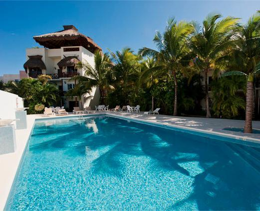 LA PETITE MAISON 1 block from the beach! - Image 1 - Playa del Carmen - rentals
