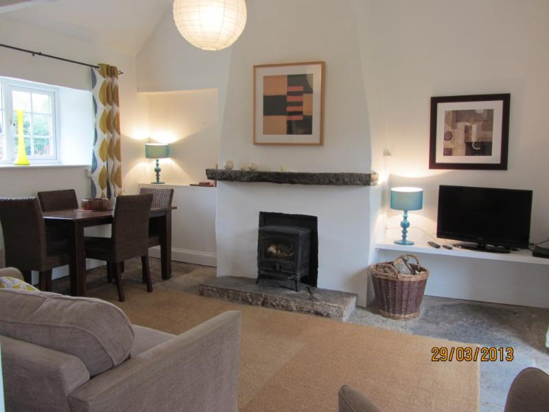 The Cowshed- Rural location, near sites of interest - Image 1 - Shepton Mallet - rentals