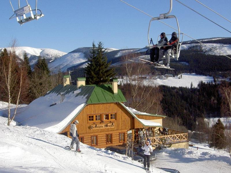 Alenka in winter - pension + restaurant on the slope - Giantmountains - Spindleruv Mlyn - rentals