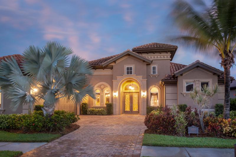 House outside - Elegant Designed Estate Home with amazing view - Naples - rentals