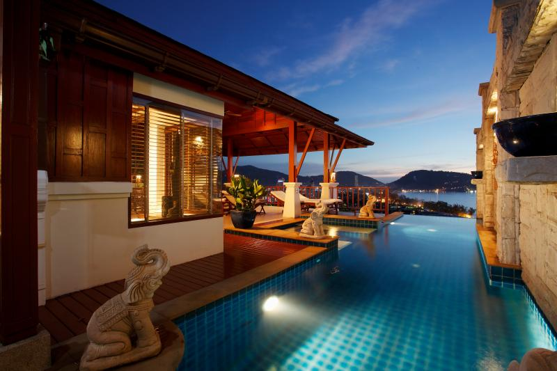 Plunge Pool, Water beds, decking, Terrace - B3-Disa, L'Orchidee Residences - Patong - rentals