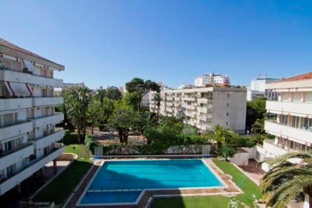 Clarimar, luxery apartment with pool and garden in the center of Sitges. - Image 1 - Sitges - rentals
