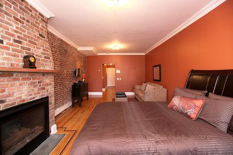Vibrant and Chic 1 Bedroom Apartment 2B ~ RA42988 - Image 1 - New York City - rentals