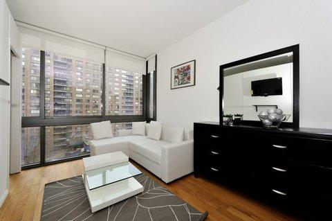 Stunning and Sophisticated Columbus Avenue 7N ~ RA42922 - Image 1 - Manhattan - rentals