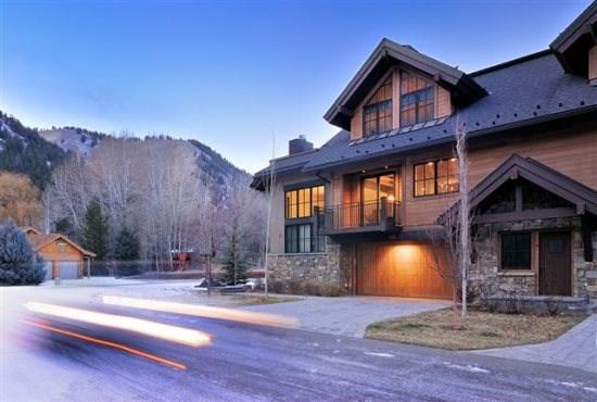 Front of Building - Hourglass Townhome #9 - West Ketchum - Elegant Townhome close to River Run - Ketchum - rentals