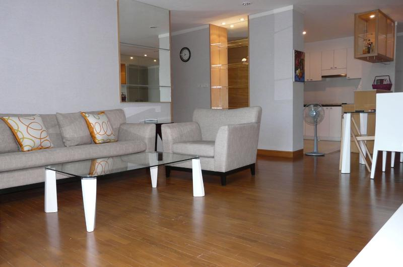 3 Bedroom Apartment in Downtown Bangkok - Sathorn - Image 1 - Bangkok - rentals