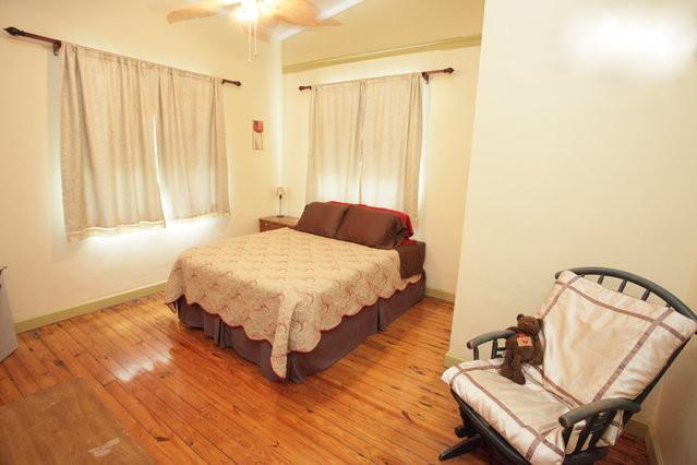 Master Bedroom - Historic Anderson House Cottage - Florida City - rentals