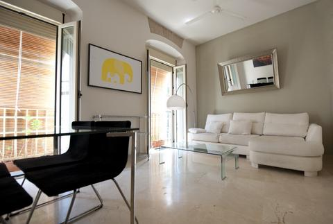 [643] Elegant and modern apartment with patio - Image 1 - Seville - rentals