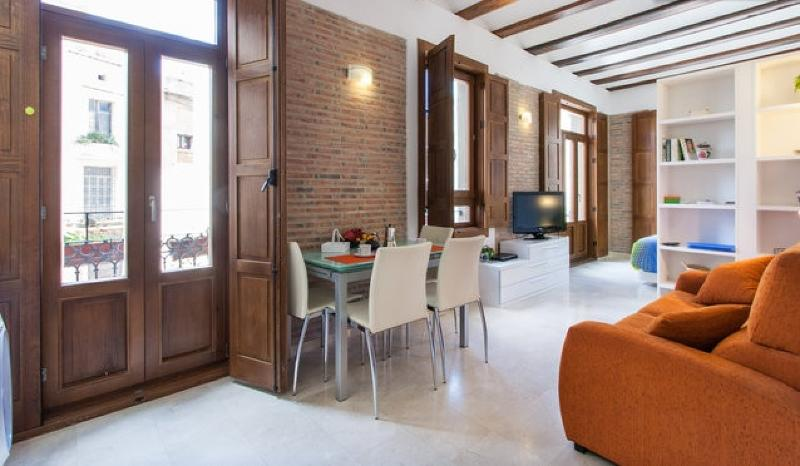 Bright apartment - Charming loft in Plaza Redonda -2 - Valencia - rentals