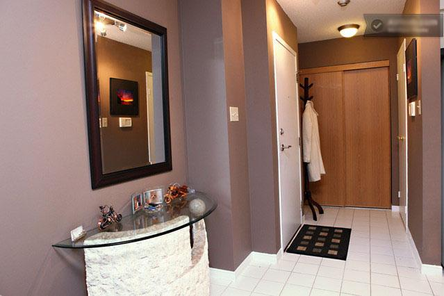Large Waterfront Condo Downtown - Image 1 - Toronto - rentals