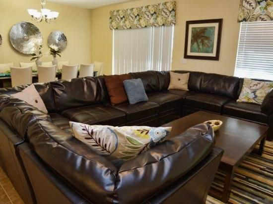 Living Area - CG8P1411MVD Luxurious and Spacious Villa Perfect for Large Traveling Groups - Davenport - rentals
