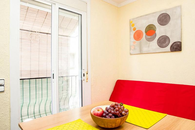 Flat with 3 rooms near by beach - Image 1 - Barcelona - rentals