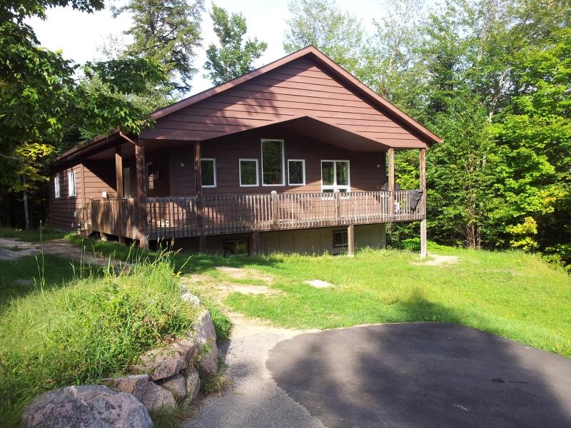 The retreat center - Up to 52 people, 28 Acres of Private land + Lake! - Mont Tremblant - rentals