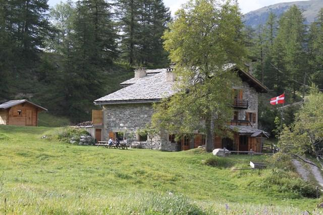 Our chalet general view in summer - Summer Mountain Gite 1670m at start of trails - Bramans - rentals