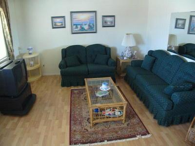 Plymouth Manor Unit 12 111852 - Image 1 - Ocean City - rentals