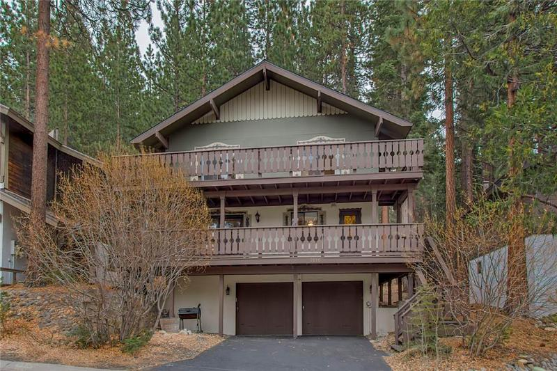 Updated Tyrolean Style Chalet just Seconds from Heavenly with Community Hot Tub and Pool with a View (HV31) - Image 1 - South Lake Tahoe - rentals