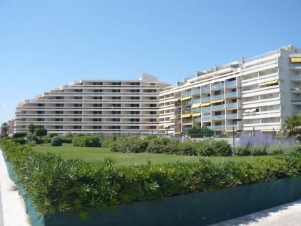 Grand Sud ~ RA26835 - Image 1 - Canet-Plage - rentals