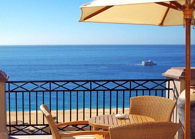 SUPER PRESIDENTIAL SUITE w/1281 sqft private lanai: Avail Feb 2 to 9 2015 - Image 1 - Cabo San Lucas - rentals