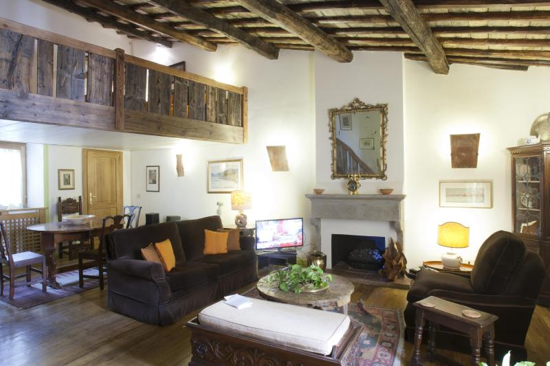 Trastevere - Quite and Style - Image 1 - Rome - rentals