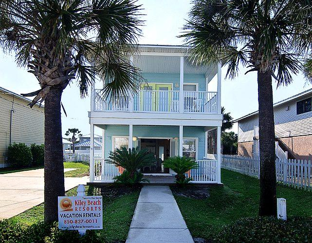 Welcome to Toes in the Sand Beach House! - Super Close to Beach! Perfect Home w/ Priv. Pool!! - Destin - rentals