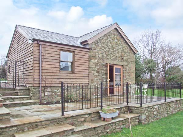 ARLES BARN, WiFi, patio with furniture, on the edge of the Forest of Dean, Ref 905720 - Image 1 - English Bicknor - rentals