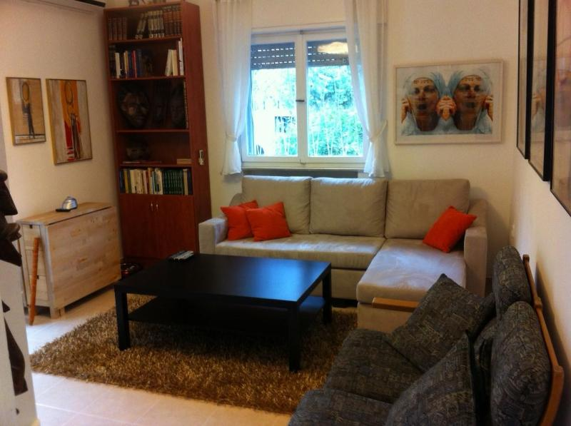 gorgeous apartment on ramban st. in Jerusalem - Image 1 - Gedera - rentals