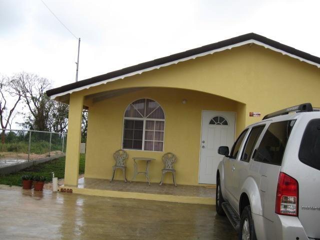 Frontal View of the beautiful Pineapple Place  - The Pineapple Place - Falmouth - rentals