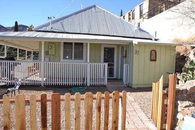 One flight up (12 steps) from parking and the Bisbee 1000 route on sunny side on canyon. - The Porch House--perfectly located! - Bisbee - rentals