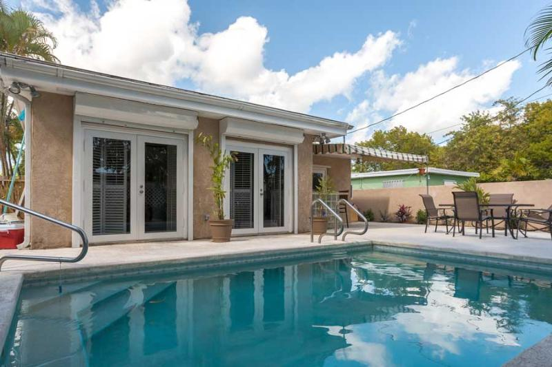 Private pool and patio - A Low Key Paradise - Key West - rentals