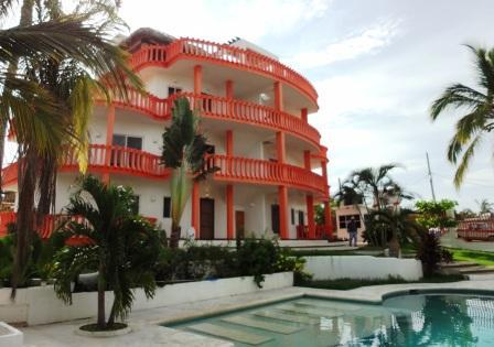 Front of building with pool - 2 BR condo apartment - 2 blocks from beach - Puerto Escondido - rentals