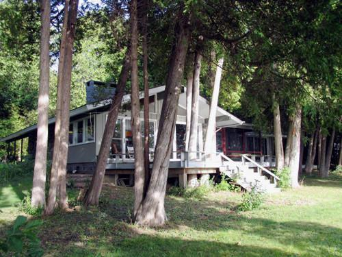 Lakeside view from the South - Cozy Lake Champlain Retreat - Plattsburgh - rentals